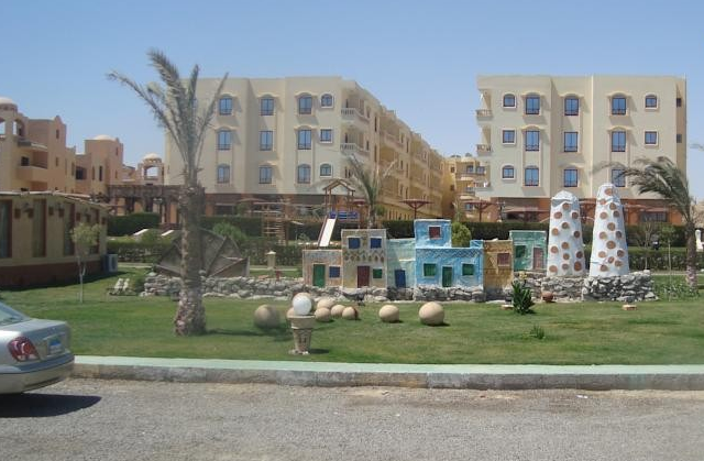 Red Sea View Complex Apartment, фото 1
