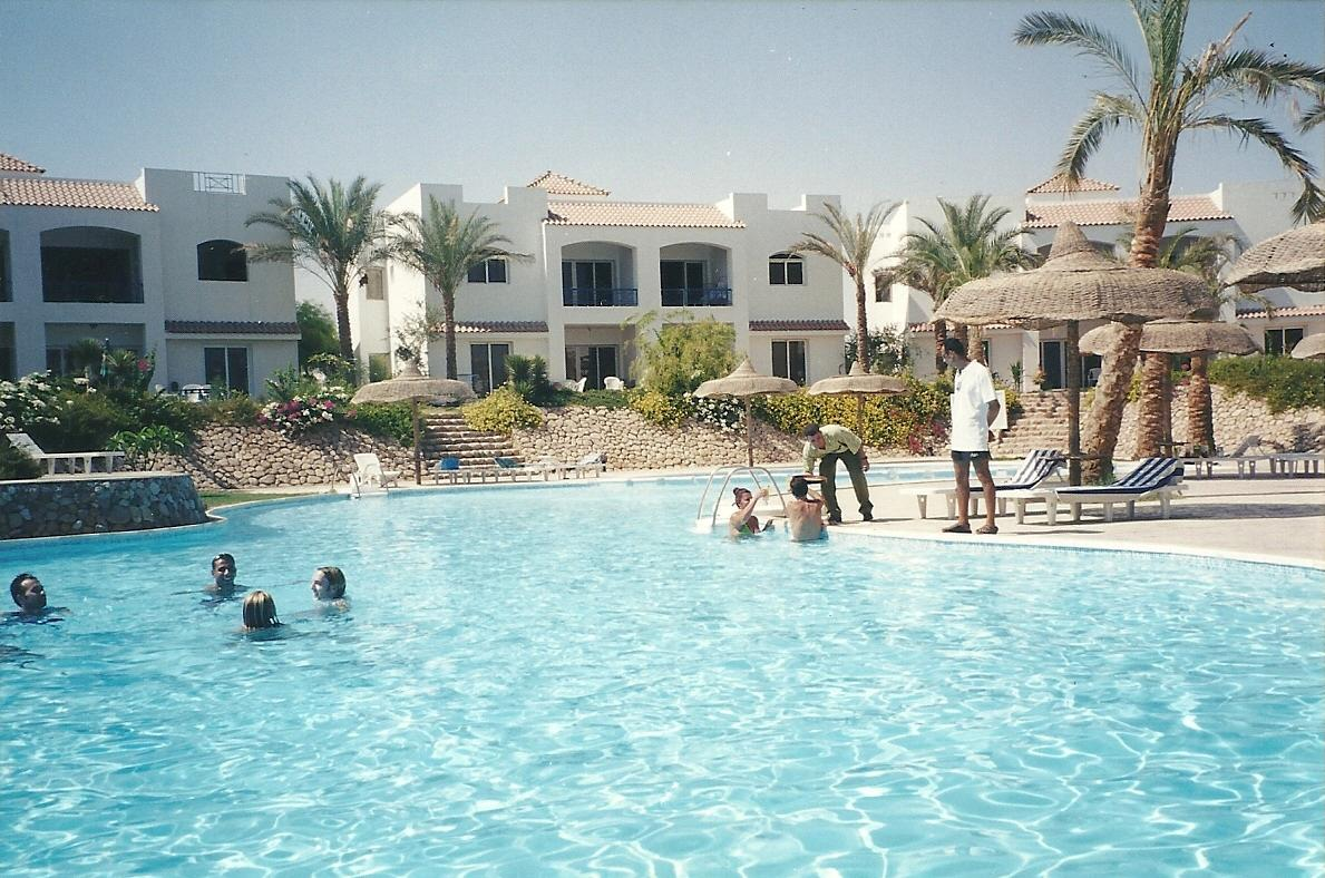 First Class Naama Bay Apartments, фото 12