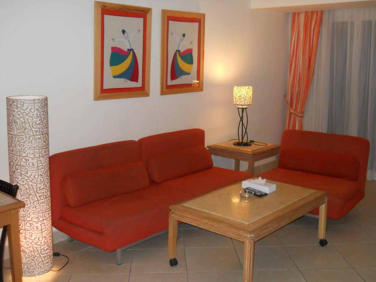 First Class Naama Bay Apartments, фото 40