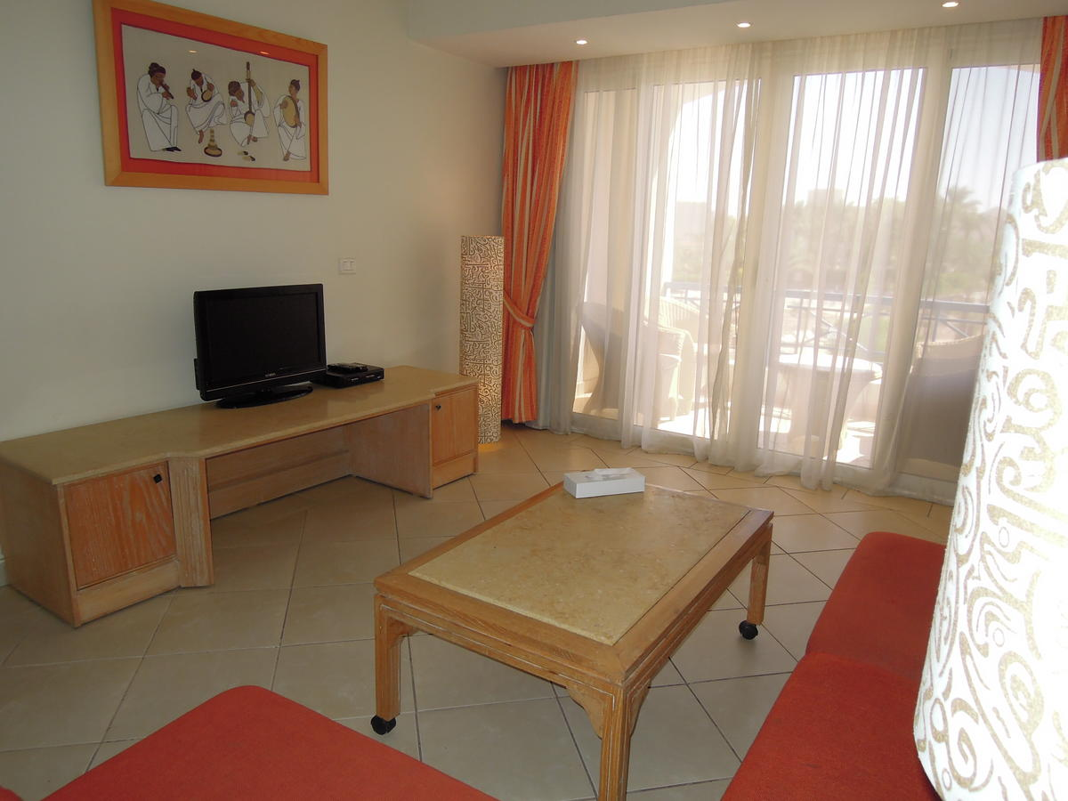 First Class Naama Bay Apartments, фото 23
