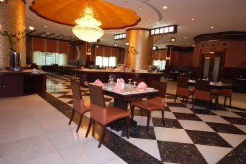 Al Bustan Tower Hotel Suites, фото 6