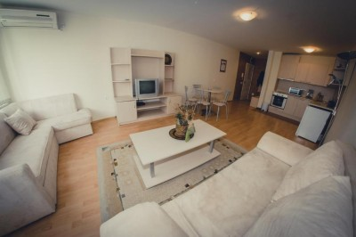 Two-Bedroom Apartment, фото 1