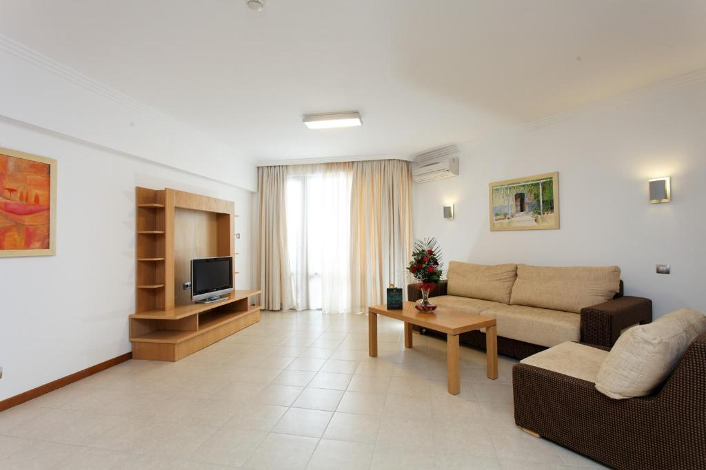 Two Bedroom Apartment, фото 2