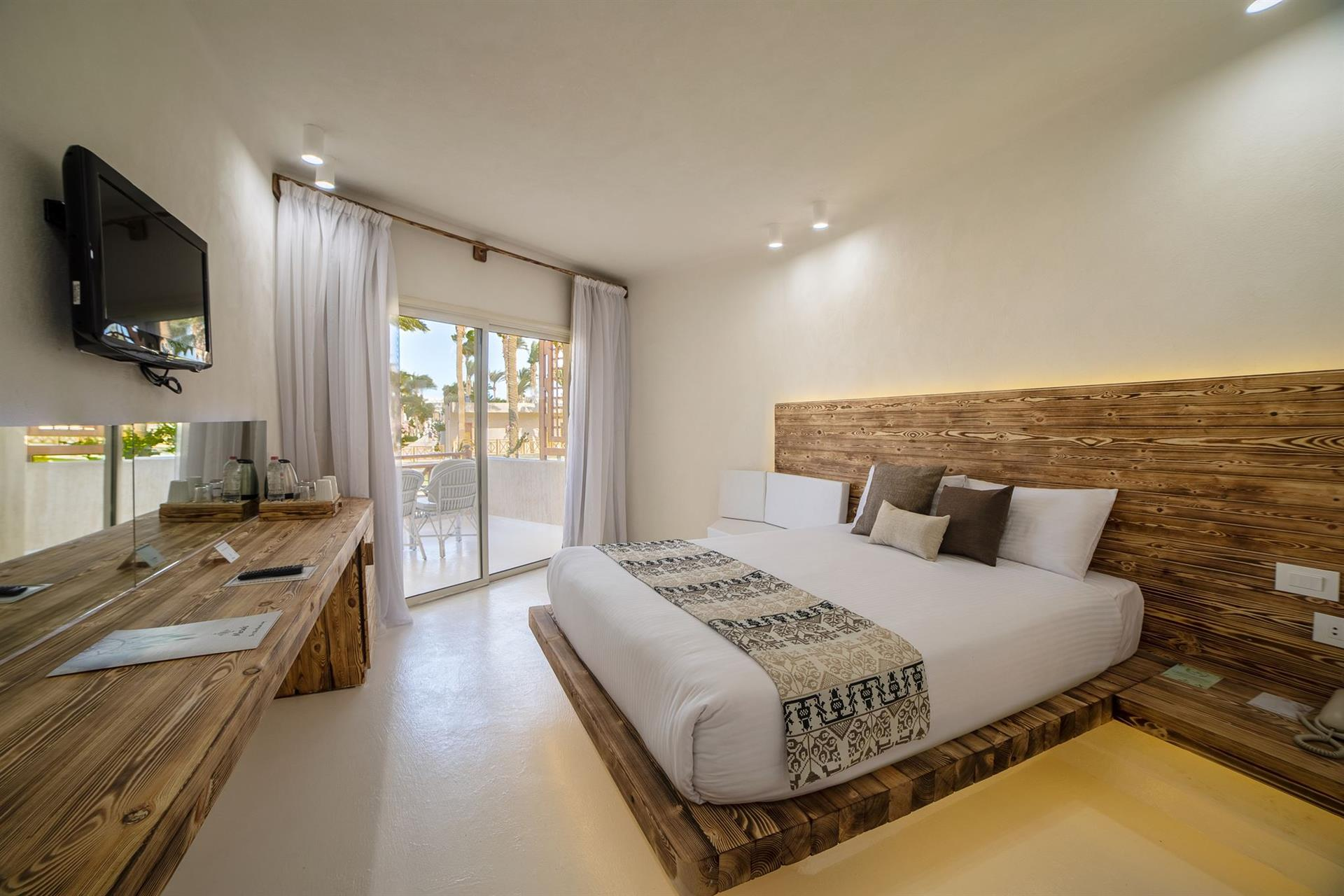 GYPSTER GARDEN VIEW ROOM, фото 1