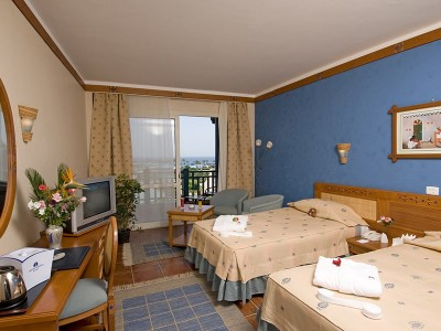 Front Sea View Room, фото 1
