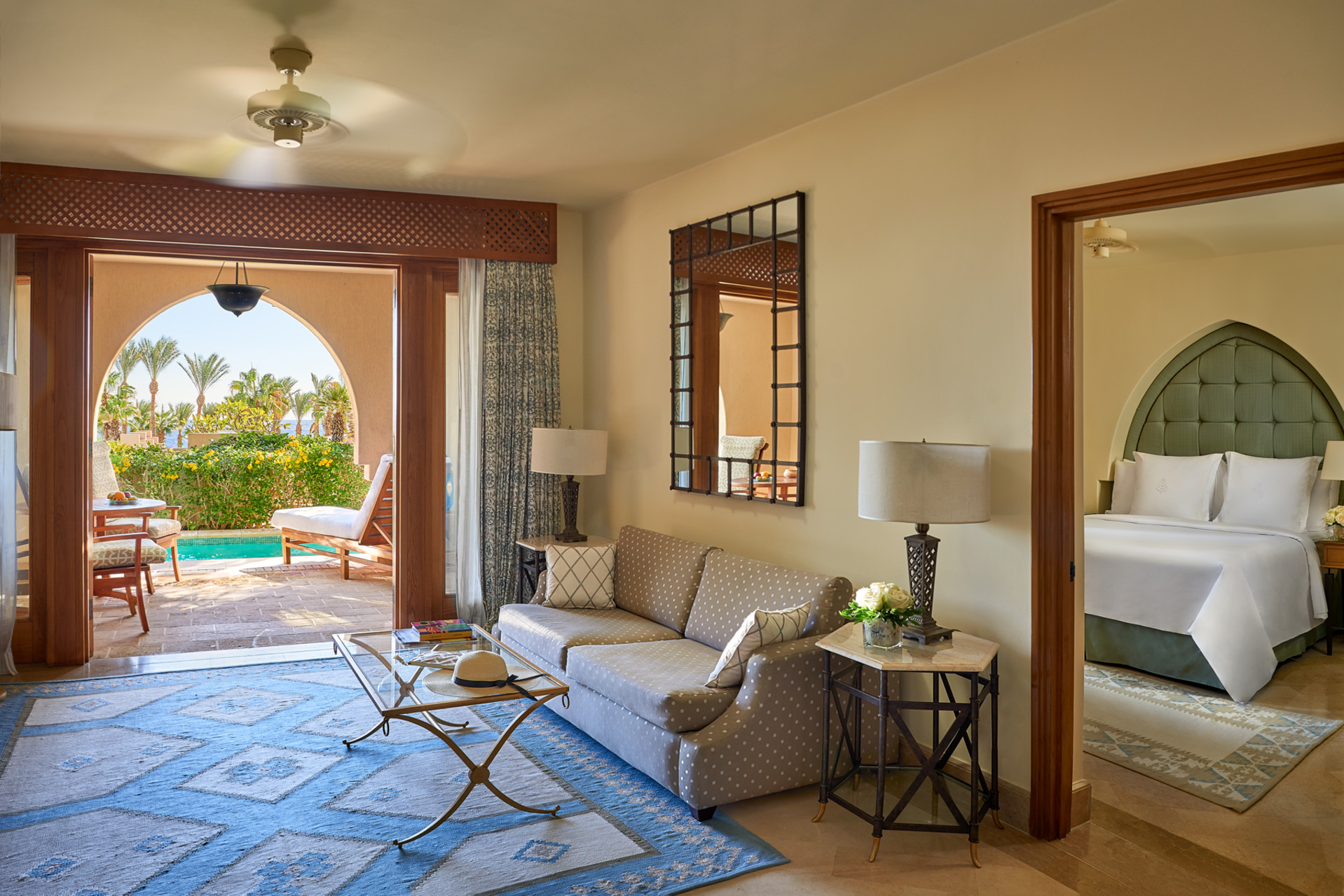 One Bedroom Suite with Plunge Pool, фото 3