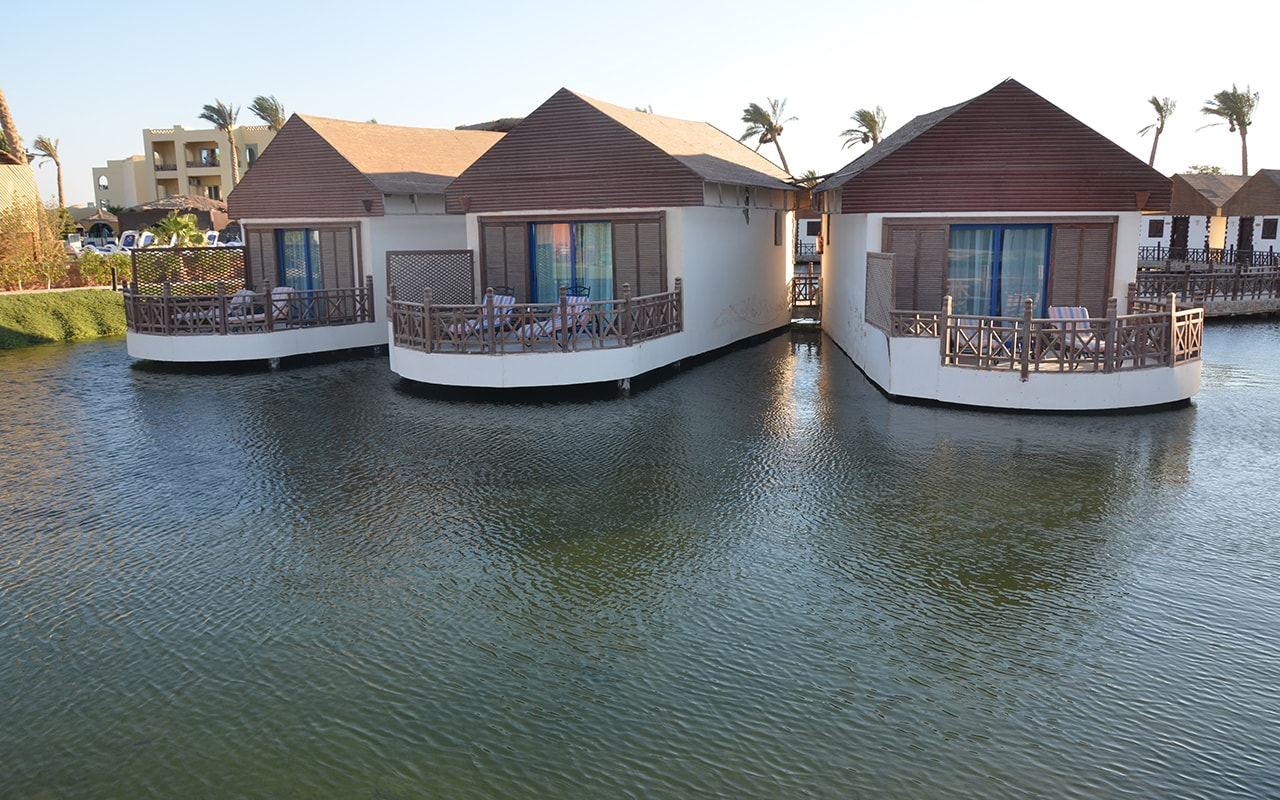 Bungalow Over Water, фото 1